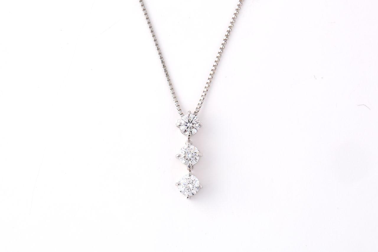 Pt900 ダイヤモンド スリーストーンネックレス 0.5ct(NS2223309A)